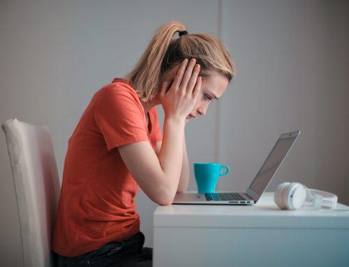 Czy telefoniczne bądź przesłane pracownikowi w formie e-mail wypowiedzenie umowę o pracę jest skuteczne?